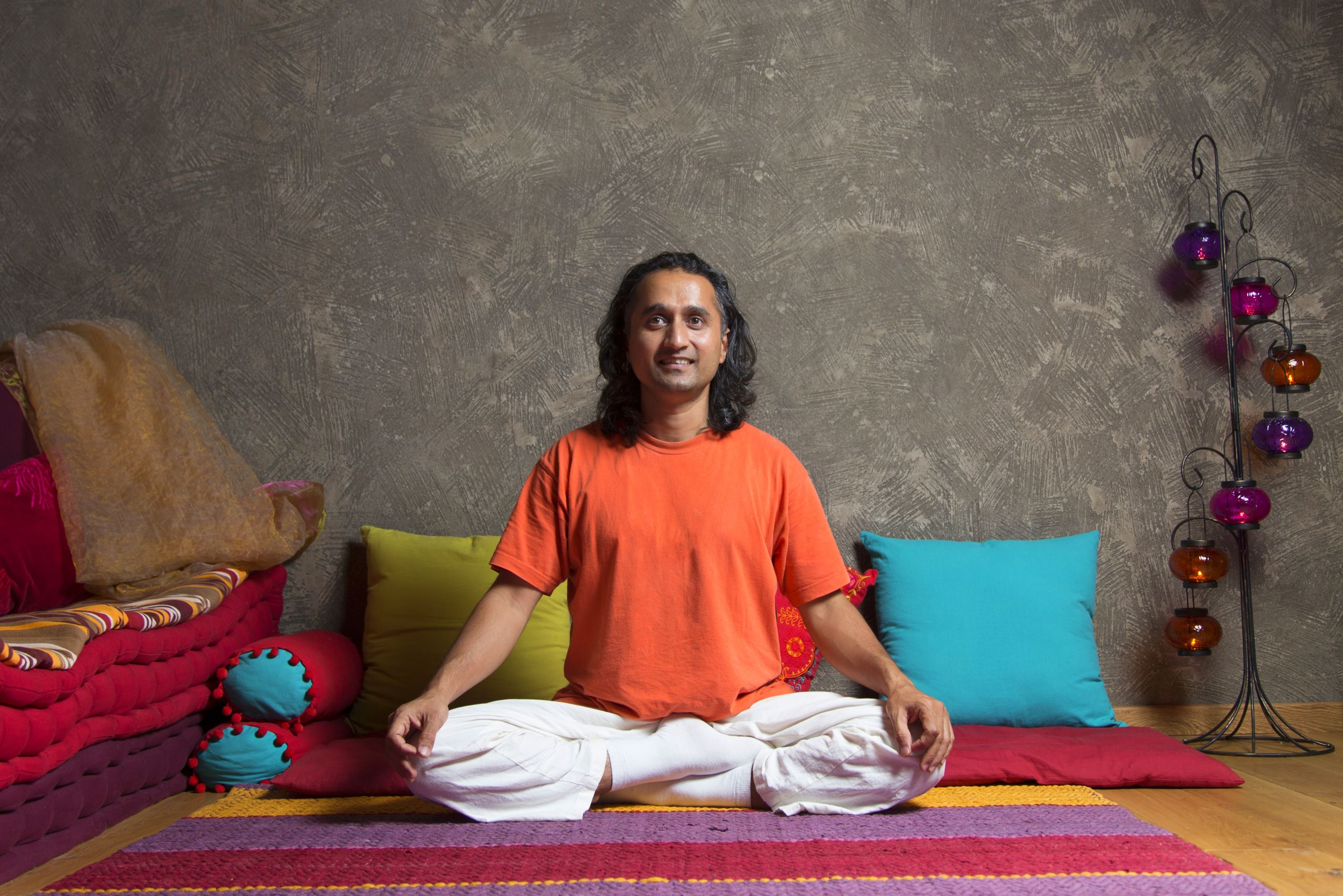 Yoga with Prakash | Lucky Bansko