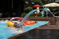 Открити басейни в хотел 8 | Lucky Bansko