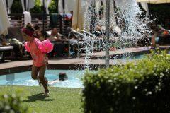 Открити басейни в хотел 14 | Lucky Bansko