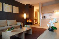 Апартхотел Лъки Банско СПА & Релакс | Апартамент Делукс хол и кухня