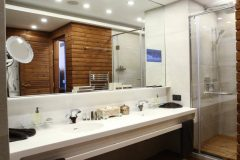 Президентски Апартамент баня снимка | Апартхотел Лъки Банско СПА & Релакс