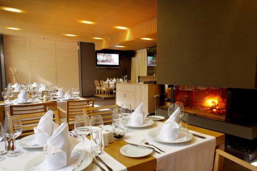 Маса в ресторант Ле Бистро | Lucky Bansko SPA & Relax