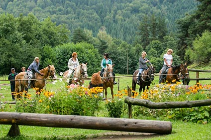 Horse riding sports | Aparthotel Lucky Bansko SPA & Relax