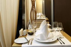 "Апартхотел Лъки Банско СПА & Релакс | Детайлна снимка ресторант ""Ле Бистро"""