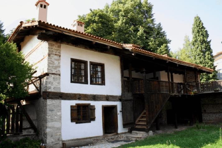 Музей Неофита Рильского в Банско | Lucky Bansko SPA & Relax
