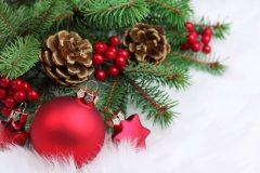 Коледна елха с играчки | Lucky Bansko SPA & Relax