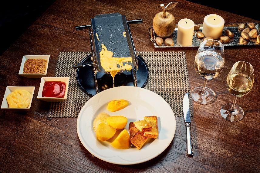 Ресторант Фондю ястие снимка   Lucky Bansko SPA & Relax