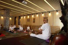 Провеждане курс по йога с Камал