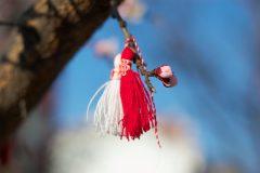 Красива мартеница на дърво | Lucky Bansko