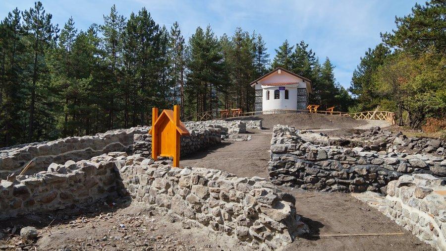 Местност Св. Никола край Банско   Lucky Bansko