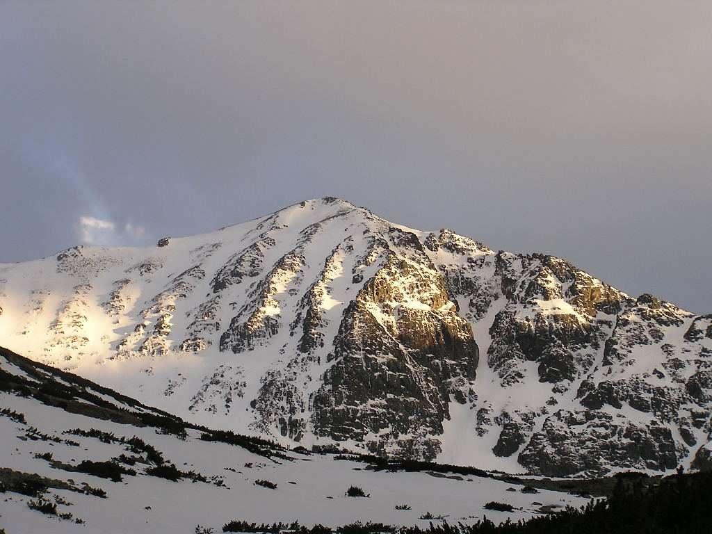 Връх Мусала със сняг | Lucky Bansko