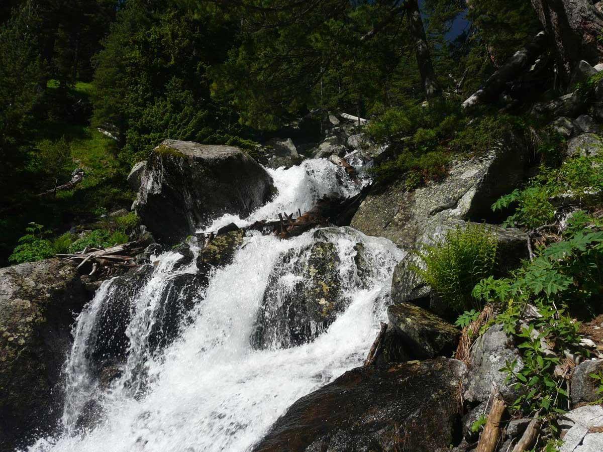 Юленьский водопад | Lucky Bansko