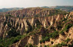 Скални пирамиди в Мелник