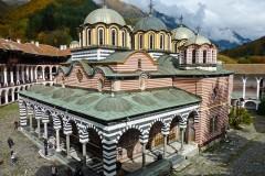 Rilski manastir u blizini Banskog | Lucky Bansko