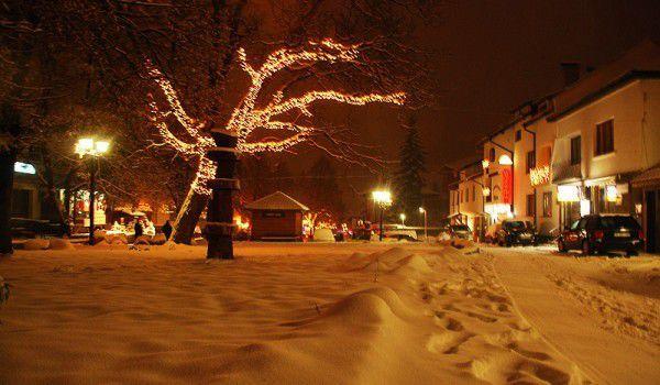 Bannsko pokriveno snegom | Lucky Bansko SPA & Relax