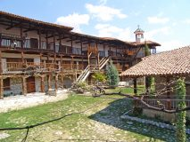 Архитектура на Роженски манастир | Lucky Bansko