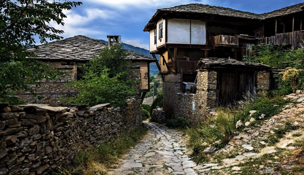 Old house in the village of Kovachevitsa
