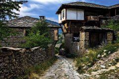 Стара къща в село Ковачевица