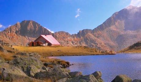 Хижи и паркове в Пирин планина