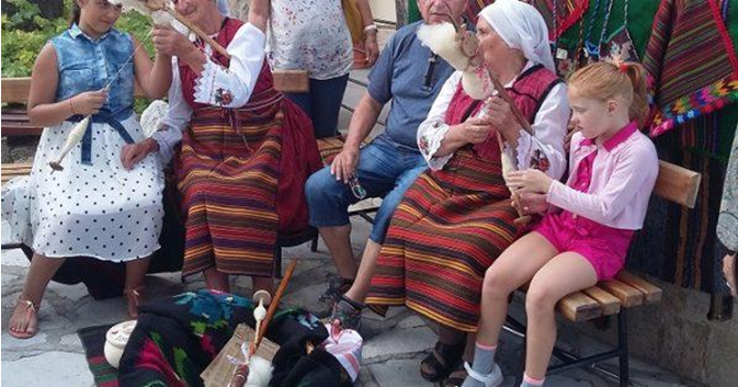 Crafts in the town of Bansko