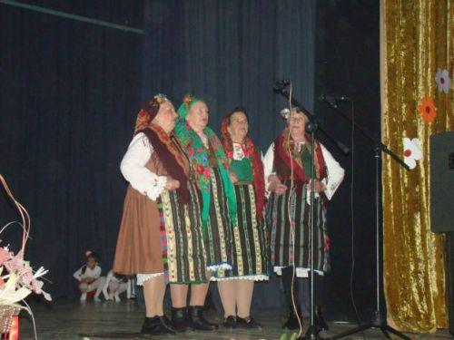 Folklore groups