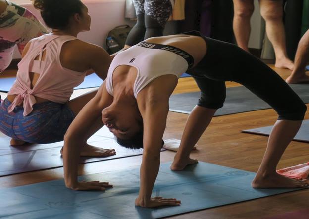 Тренировка по йога в Банско