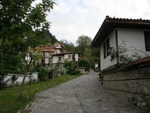 Възрожденски комплекс – Вароша